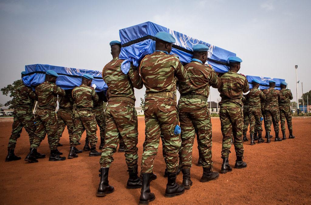 Diez cascos azules asesinados en un ataque de al-Qaeda en Mali