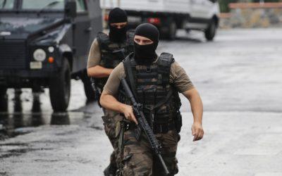 Detenidos en Turquía 13 miembros de una célula de financiación de al-Qaeda en Siria